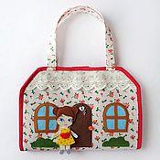 Куклы и игрушки ручной работы. Ярмарка Мастеров - ручная работа Кукольный домик - сумка 3. Handmade.