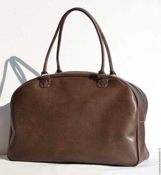 Спортивные сумки ручной работы. Ярмарка Мастеров - ручная работа. Купить Большая сумка ручной работы из настоящей толстой кожи № 002 travel. Handmade.