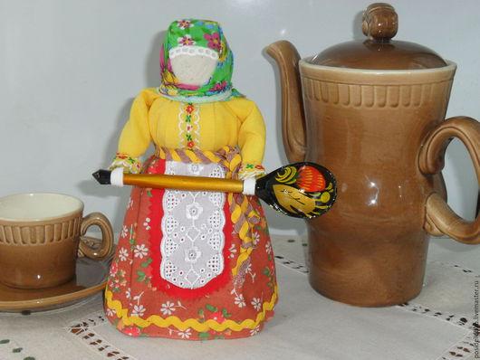 Сувениры ручной работы. Ярмарка Мастеров - ручная работа. Купить Помощница на кухне. Handmade. Бежевый, подарок на новоселье, гости, самовар