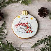 Сувениры и подарки handmade. Livemaster - original item Gingerbread Christmas ball with a bear. Handmade.