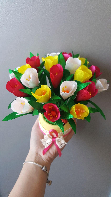 Горшочек с цветком своими руками из атласных лент 16