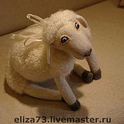 Куклы и игрушки ручной работы. Ярмарка Мастеров - ручная работа Овечка-подушка. Handmade.