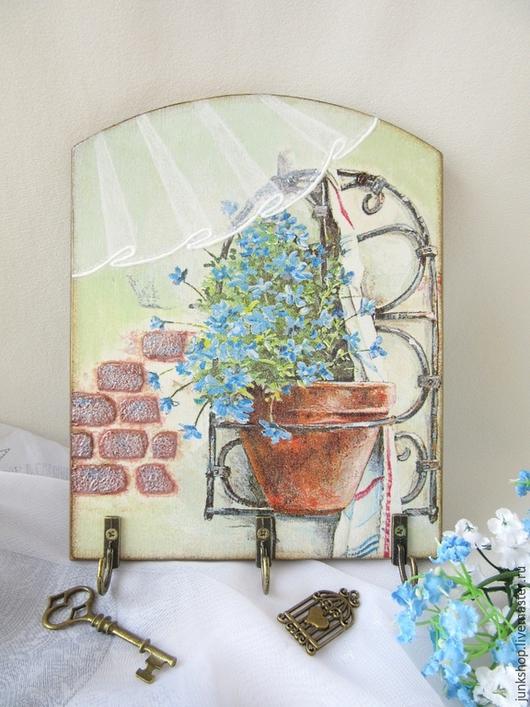 """Прихожая ручной работы. Ярмарка Мастеров - ручная работа. Купить Панно-вешалка """"Незабудки на стене"""". Handmade. Мятный, вешалка для кухни"""