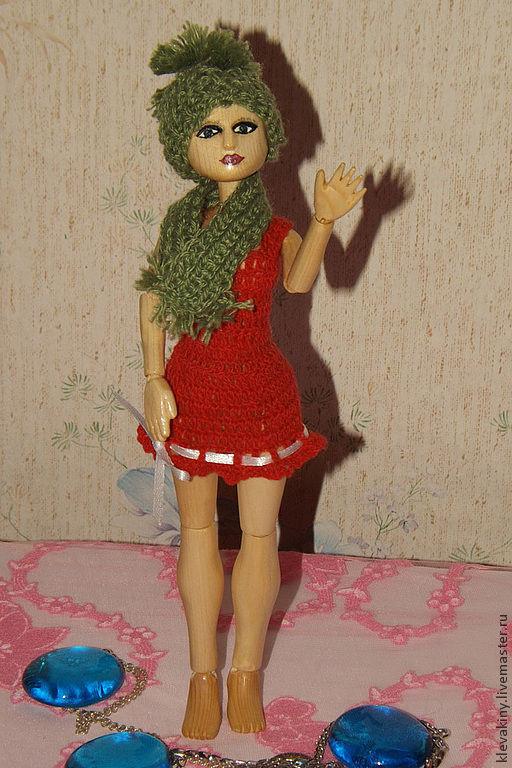 Шарнирная кукла из дерева Зарина. Клевакины Михаил и Ксения.