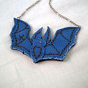 """Украшения ручной работы. Ярмарка Мастеров - ручная работа Подвеска """"The bat"""", имитация джинсы. Handmade."""