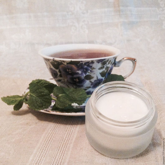 Фото: крем для лица Чайное Дерево для комбинированной кожи (1500Х1497)