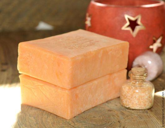 """Мыло ручной работы. Ярмарка Мастеров - ручная работа. Купить Шелковое мыло с нуля """"Сочный персик"""". Handmade. Рыжий"""