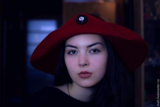 """Шляпы ручной работы. Ярмарка Мастеров - ручная работа. Купить Широкополая шляпа """" Повелительница  зверей"""". Handmade. Ярко-красный"""