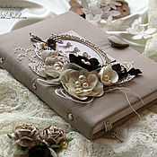 Сувениры и подарки handmade. Livemaster - original item Notebook handmade girls beige zipper flowers. Handmade.