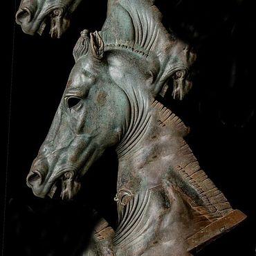 Для дома и интерьера ручной работы. Ярмарка Мастеров - ручная работа Скульптуры: Головы коней. Handmade.