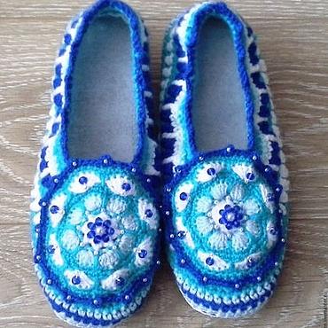 Обувь ручной работы. Ярмарка Мастеров - ручная работа Тапочки вязаные крючком Морозко. Handmade.