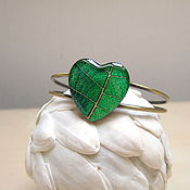 Украшения handmade. Livemaster - original item Bracelet Heart Leaf Emerald Green Forest Nature Eco. Handmade.