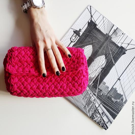 Женские сумки ручной работы. Ярмарка Мастеров - ручная работа. Купить Вязаный клатч. Handmade. Фуксия, стильная сумка, вязаный