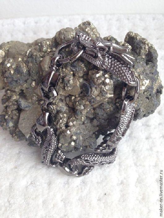 """Украшения для мужчин, ручной работы. Ярмарка Мастеров - ручная работа. Купить Мужской браслет """"Дракон"""" -2 (2 вида бронза и никель). Handmade."""