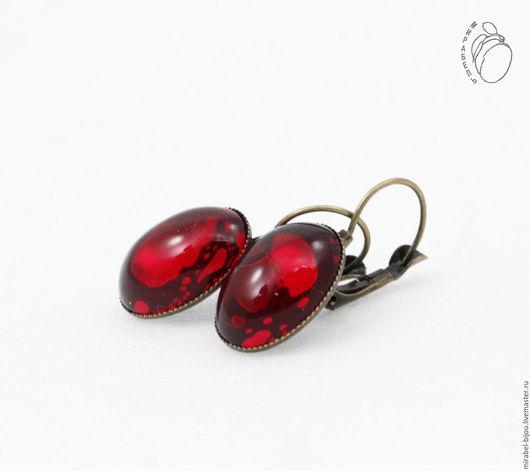 Мирабель-бижутерия. Серьги (клипсы) с темно красными кабошонами, фото, скидки, винтажные серьги, под бронзу. Купить серьги в Москве. Mirabelle. Handmade. Vintage earrings (clips) with red cabochons