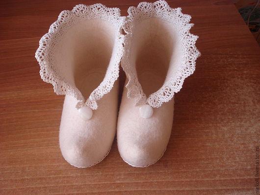 """Обувь ручной работы. Ярмарка Мастеров - ручная работа. Купить Тапочки """"деревенский гламур"""". Handmade. Домашние тапочки, шнур вощёный"""