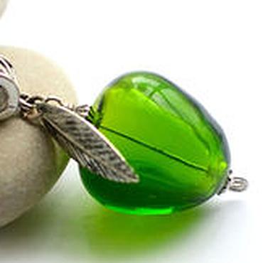 """Украшения ручной работы. Ярмарка Мастеров - ручная работа Кулон """"Зеленое яблочко"""" лэмпворк. Handmade."""