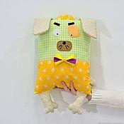 Мягкие игрушки ручной работы. Ярмарка Мастеров - ручная работа Мягкие игрушки: Декоративная подушка-игрушка собачка. Handmade.
