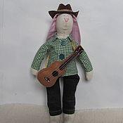 Куклы и игрушки ручной работы. Ярмарка Мастеров - ручная работа Заяц-гитарист. Handmade.