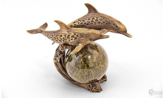 Статуэтки ручной работы. Ярмарка Мастеров - ручная работа. Купить Дельфины на волне. Handmade. Дельфин, статуэтки из металла, скульптура из бронзы