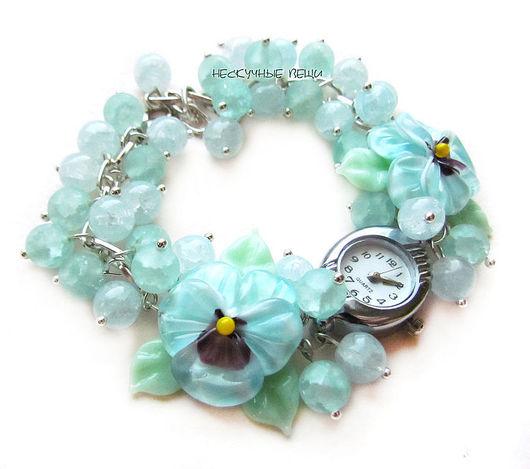 """Часы ручной работы. Ярмарка Мастеров - ручная работа. Купить """"Бриз"""" наручные часы с бусинами лэмпворк. Handmade. Мятный"""