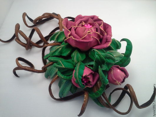 цветы из кожи. кожаные цветы. цветы кожаные. Туся. цветы из кожи ручной работы. цветы из кожи фантазийные. цветы из кожи в украшении. брошь с цветами из кожи. цветы из кожи купить. цветы из кожи заказ