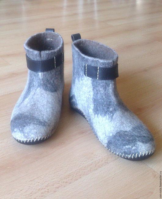 Обувь ручной работы. Ярмарка Мастеров - ручная работа. Купить Валенки мужские домашние короткие. Handmade. Валенки мужские