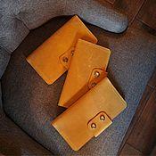 Портмоне ручной работы. Ярмарка Мастеров - ручная работа Тревел унисекс в оттенке охра (горчичный). Handmade.