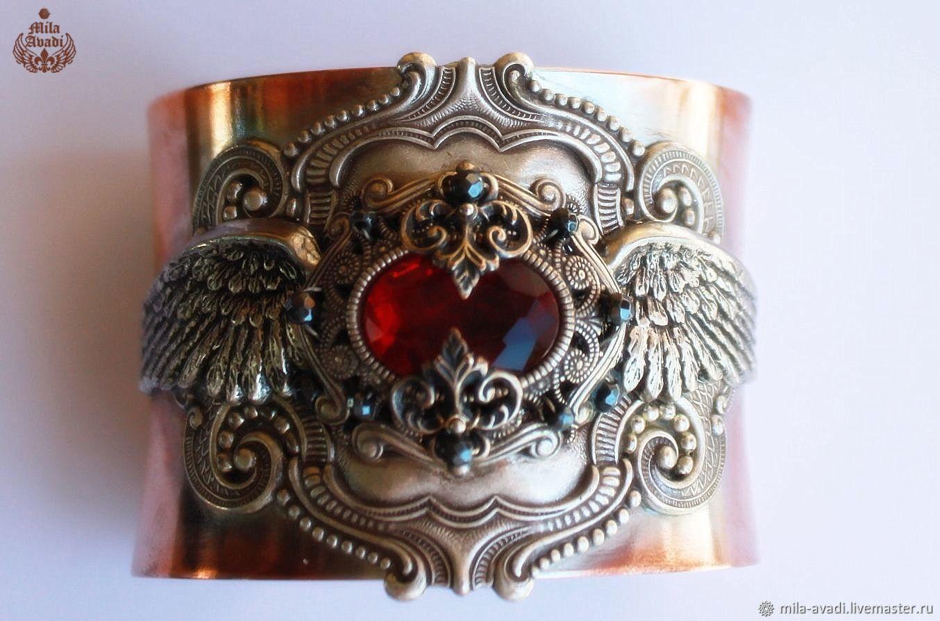 Браслет-манжета красный кристалл брасс ручная работа