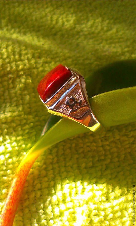 Кольца ручной работы. Ярмарка Мастеров - ручная работа. Купить Перстень серебряный. Handmade. Бордовый, серебро