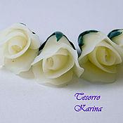 Бусины ручной работы. Ярмарка Мастеров - ручная работа Полураскрытые бутоны розы с чашелистиками, полупрозрачный белый. Handmade.