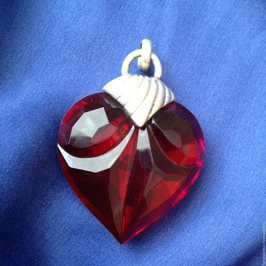 Винтажные украшения. Ярмарка Мастеров - ручная работа. Купить Кулон резное сердце, винтаж. Handmade. Кулон винтаж, раритет