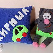 Подарок новорожденному ручной работы. Ярмарка Мастеров - ручная работа Именная подушка из флиса. Handmade.