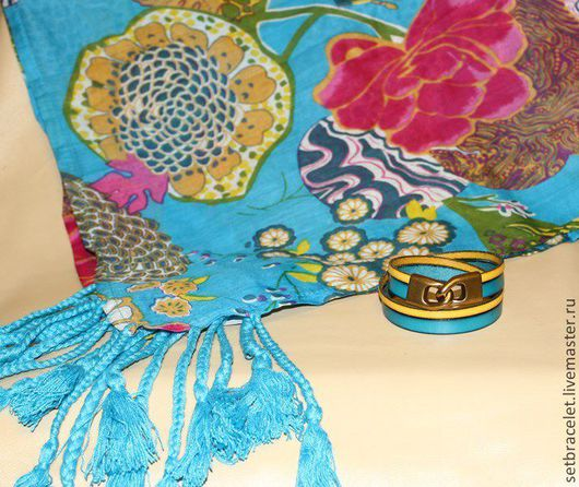 Браслеты ручной работы. Ярмарка Мастеров - ручная работа. Купить Женский кожаный браслет из кожи бирюзовой и желтой Комплект с платком. Handmade.