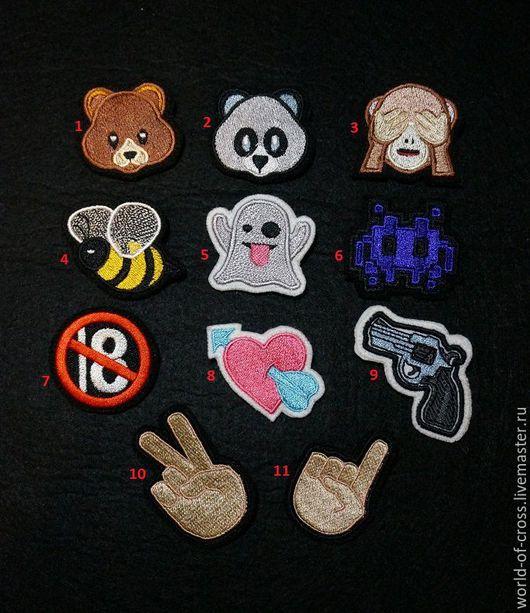 """Броши ручной работы. Ярмарка Мастеров - ручная работа. Купить Значки"""" Emoji Смайлы"""". Handmade. Комбинированный, брошка, emoji"""