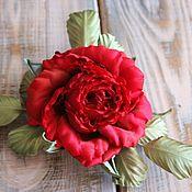 """Украшения ручной работы. Ярмарка Мастеров - ручная работа Заколка-роза """"Жаклин"""". Цветы из шелка, красная роза из шелка. Handmade."""