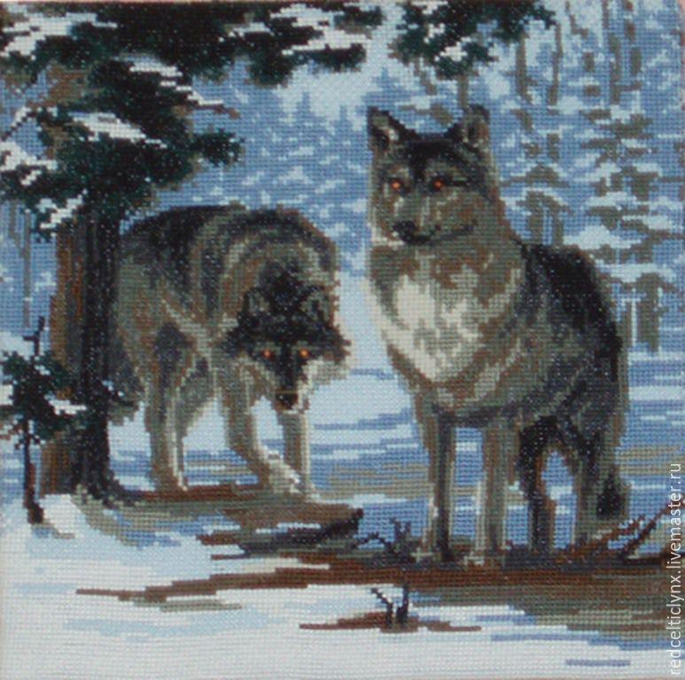 Купить Волки в зимнем лесу.