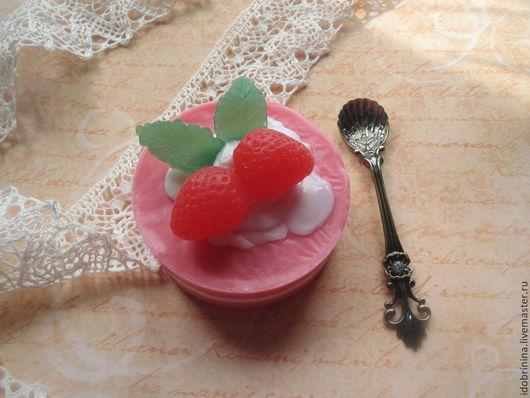 Мыло ручной работы. Ярмарка Мастеров - ручная работа. Купить Мыло. Клубничный десерт.. Handmade. Розовый, красивое мыло