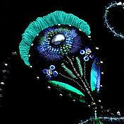 Украшения ручной работы. Ярмарка Мастеров - ручная работа Тюльпан. Брошь с вышивкой черная синяя зеленая. Handmade.