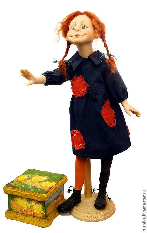 Статуэтки ручной работы. Ярмарка Мастеров - ручная работа. Купить Кукла Пеппи Длинныйчулок и ее Волшебная Пасхальная шкатулка. Handmade.