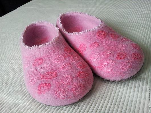 """Обувь ручной работы. Ярмарка Мастеров - ручная работа. Купить Тапочки """"Нежные"""" - 2. Handmade. Розовый, тапки, Валяние"""
