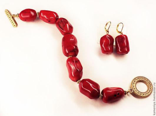 Комплекты украшений ручной работы. Ярмарка Мастеров - ручная работа. Купить Браслет и серьги из красного коралла RED&GOLD. Handmade.