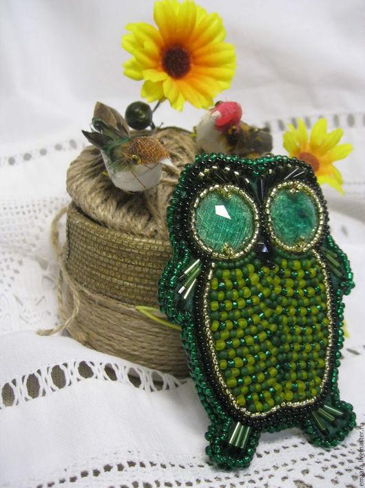 """Броши ручной работы. Ярмарка Мастеров - ручная работа. Купить Брошь """"  Мудрая тётушка-зелёная сова """". Handmade."""
