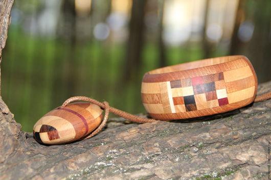 """Браслеты ручной работы. Ярмарка Мастеров - ручная работа. Купить Деревянный браслет """" Шашечки"""". Handmade. Комбинированный, оригинальное украшение"""