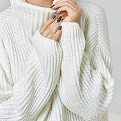 Одежда ручной работы. Ярмарка Мастеров - ручная работа Белый вязанный свитер. Handmade.