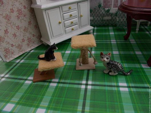 Куклы и игрушки ручной работы. Ярмарка Мастеров - ручная работа. Купить Миниатюра Когтеточка с лежаком для кошки 1:12. Handmade. Бежевый