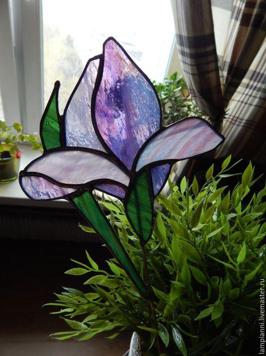 """Украшения для цветов ручной работы. Ярмарка Мастеров - ручная работа. Купить """"Ирис фиолет"""" декор для цветов. Handmade. Витраж, фиолетовый"""