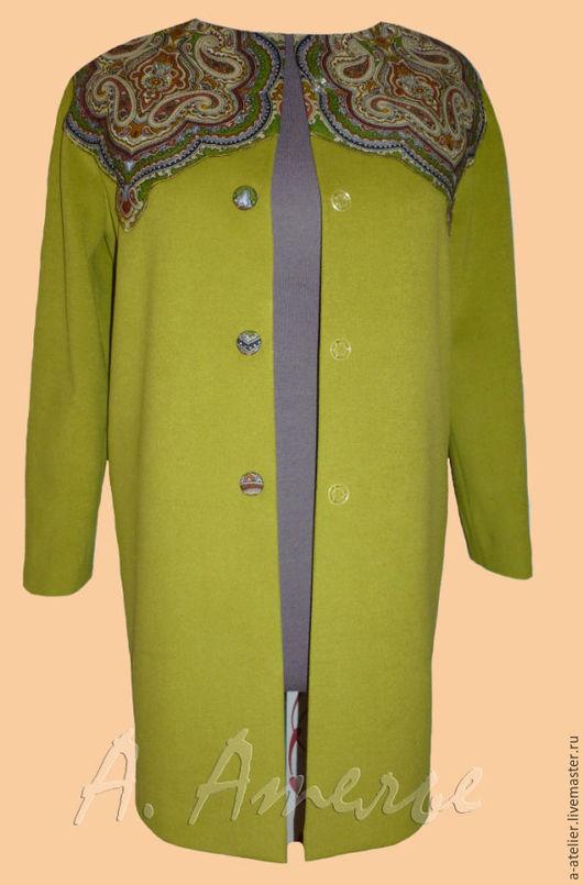 Верхняя одежда ручной работы. Ярмарка Мастеров - ручная работа. Купить - 15 %.Пальто с кокеткой из павловопосадского платка. Handmade.