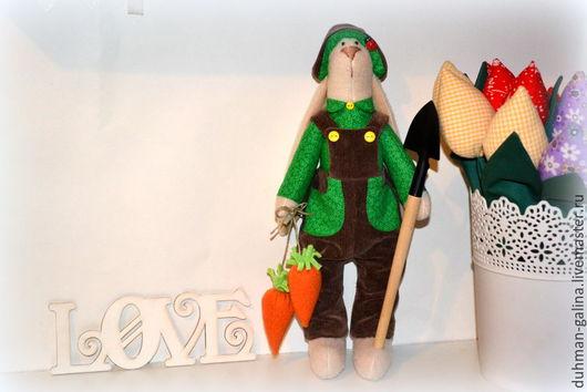 Куклы Тильды ручной работы. Ярмарка Мастеров - ручная работа. Купить Заяц-огородник ( в стиле Тильда). Handmade.