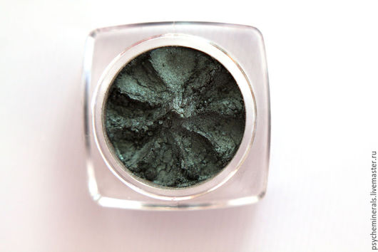 Декоративные минеральные тени купить, минеральная косметика купить, набор минеральной косметики, тени для век купить, зеленый, темно-зеленые тени купить, румяна с блеском купить, блеск для губ купить